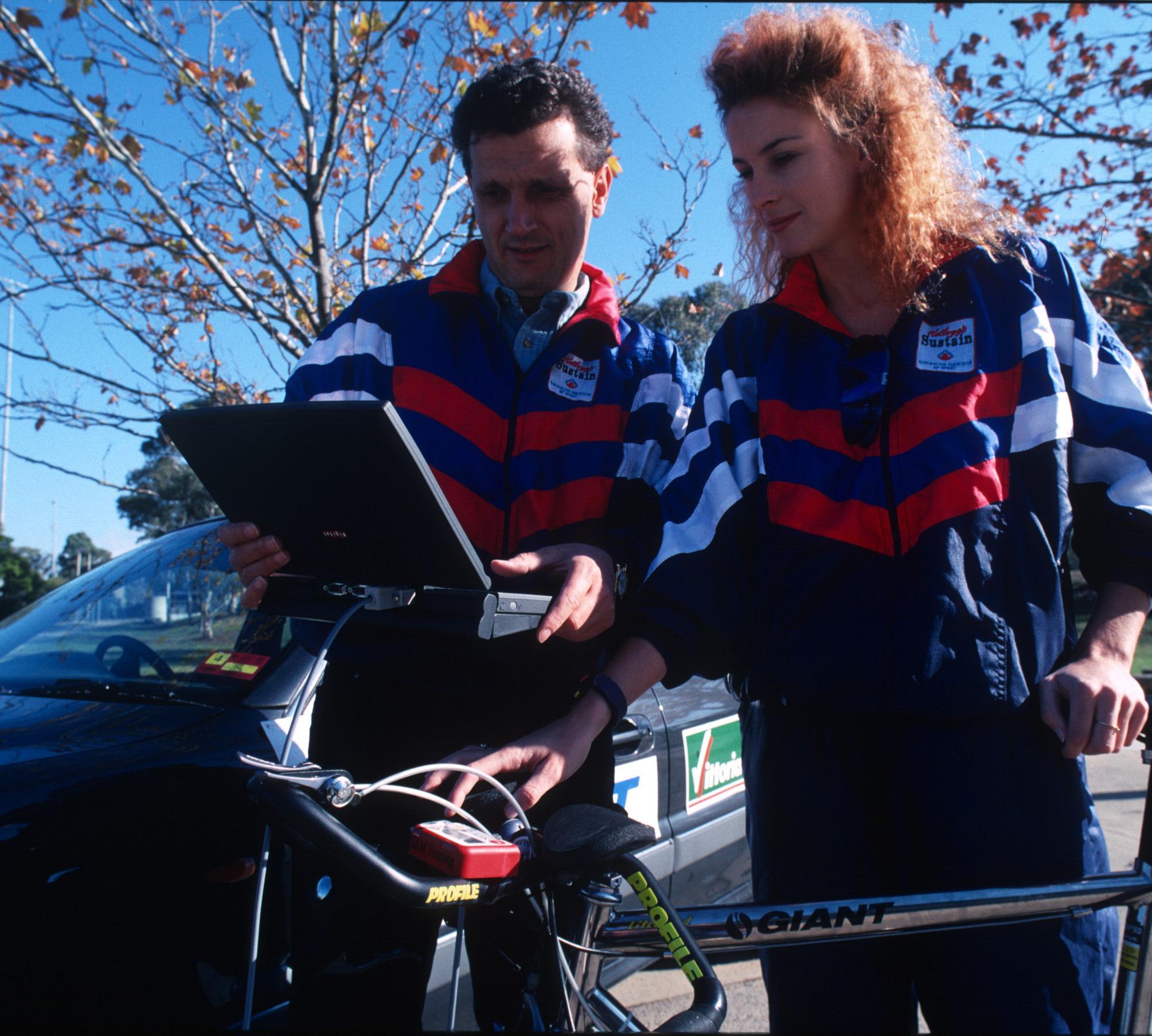 Heiko Salzwedel coaching with AIS. (Photo: Sport Australia)