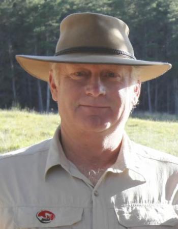 Mr Russell Baker AM